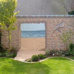 mediterran bemalte Wand mit offenem Meerblick im jetzt schönen Garten