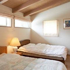 寝室(2階)