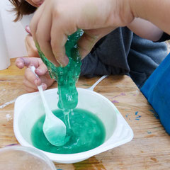 Kindergeburtstag in München - Wir machen Schleimi - Flummi - Polymere