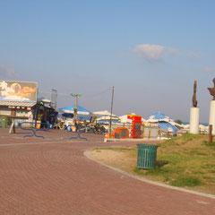 vers la plage Youd Alef