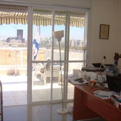 Bureau et terrasse