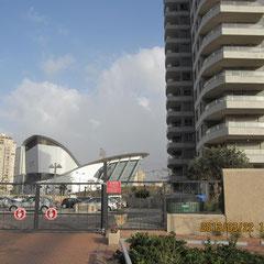 Parking extérieur et portail electronique
