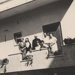 Suor Maria Minima col P. Filograssi a Barletta nel 1953