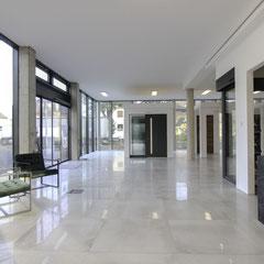 Große Inotherm und Schüco Haustüren Ausstellung Köln