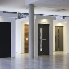 Große Schüco Aluminium Haustüren Ausstellung bei Düsseldorf, Köln, Bonn und Mönchengladbach