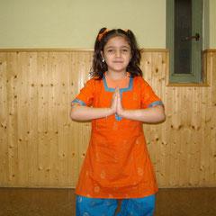 Chandrika Chinoy Bharata Natyam Madrid, Chandrika escuela de danza india Madrid, Clases Bharatanatyam Madrid, Clases de Danza niños Madrid, Clases danza india Madrid