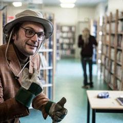 Le bibliothécaire (photo:Clément Martin)