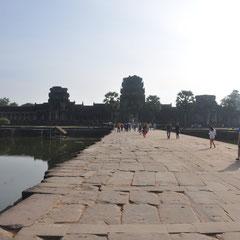 Der Eingang zu Angkor Wat.