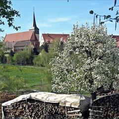 """Tiefenbronn - Blick auf """"St. Magdalena"""" - mit Altaren von Hans Schüchlin und Lucas Moser"""
