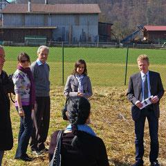 Exkursion mit multinationaler Delegation