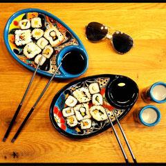 Bunte Schalen für Snacks, Tapas, Sushi und mehr