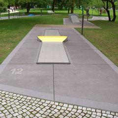 Concrete® Miniaturgolf-Anlagen bestehen aus hochwertigen, wetterfesten Materialien.