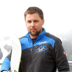 Jonas, Snowboardlehrer