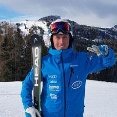 Lukas, Skilehrer, Fahrtenleitung