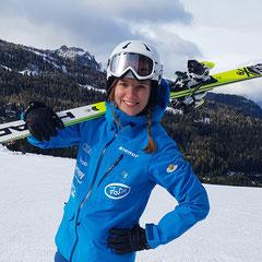 Ulrike, Skilehrerin