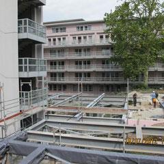 Marienhospital Stuttgart Modulbau - Herstellung der Stahlunterkonstruktion