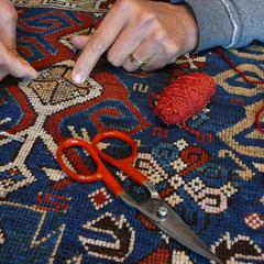 Grado- Restauro tappeto antico shirwan Caucasico, tabriz carpet centro lavaggio professionale e restauro tappeti antichi persiani e Caucasici