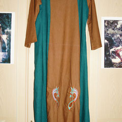 Das selbst genähte Kleid