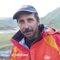 Michael, Guide