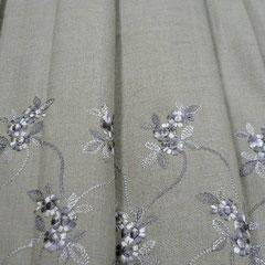 刺繍ボーダー レーヨン・ポリ混 W巾2,1m ¥16800 ベージュ