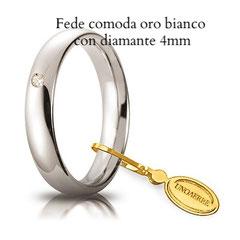 Fede unoaerre comoda oro bianco con diamante 4 mm