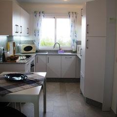 Küche und Essecke - voll ausgestattet