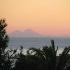Afrika erscheint am Abendhimmel