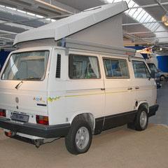 Der schnell wachsende Reisemobilmarkt führte dazu, daß VW im Jahre 1988 das erste selbstentwickelte Freizeitmobil präsentierte: Den California.