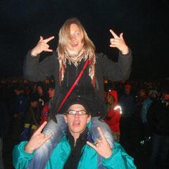 Mathis und Insa feiern bei Jan Delay ab