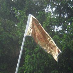 ... und schön ist sie geworden: Unsere Ringrocker-Krabbelgruppe-Flagge