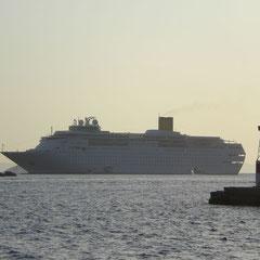 Unser Schiff von Patmos aus gesehen.