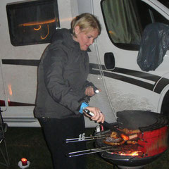 Au weh: Andrea grillt! ;-P