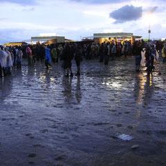 Und dann hat uns das Eifel-Wetter doch noch so richtig gef....! Es war kurz, aber alle waren durch nass!