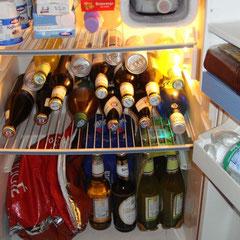 Ganz wichtig: Kühlschrank immer gut gefüllt halten!!!