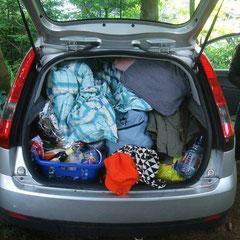 Julchen und Nina beweisen sich als Logistik- und Pack-Künstler!!!