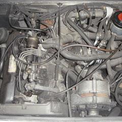 Motor sieht gut und trocken aus wie eh und je...