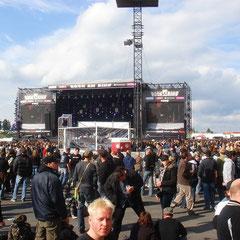 Ab jetzt ein Auszug der gesehenen Bands: Selig auf der Center Stage