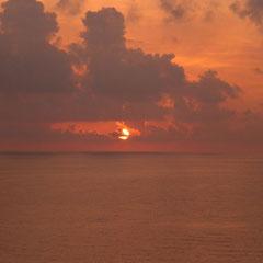 Der letzte Sonnenuntergang auf See