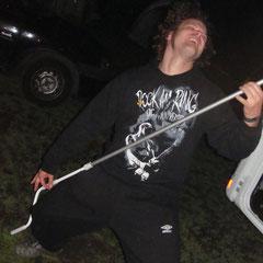 Pierre mit seiner Gitarre...