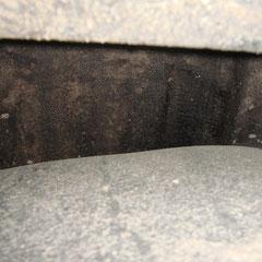 Mal ein Blick hinter die Innenkotflügel: Hier ist immer noch alles schön trocken und sauber! Die Teile haben sich echt gelohnt!!!
