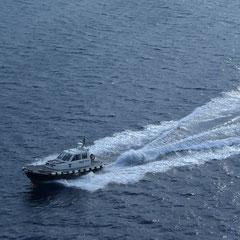 Der Lotse verlässt wieder das Schiff