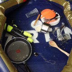 Der Pool ist inzwischen zur Spülmaschine umfunktioniert worden.