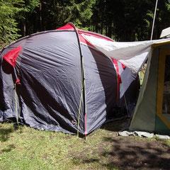 Tag 2: Mittwoch, 01.06.2011 - Das Zelt für Johann und Marcel steht...