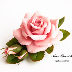 Заколка-зажим с розовой розой
