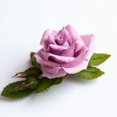 Зажим с фиолетовой розой