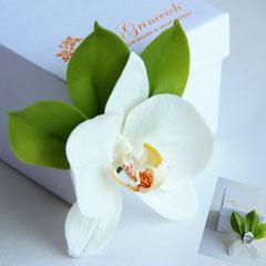 Украшения с орхидеями из холодного фарфора
