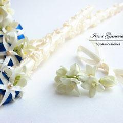 браслет на ленточке с цветами жасмина