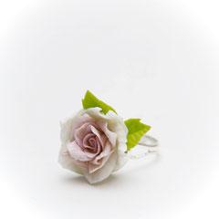 """Кольцо из коллекции """"Аромат роз"""""""