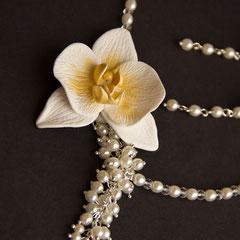 Свадебное украшение с орхидеей