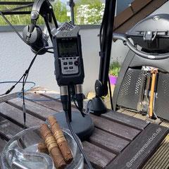 In Folge #75 des Männerquatsch Podcast sprechen wir über die Oscar Valladares The Leaf Maduro - Zigarre und den Weber Q3200 Gasgrill